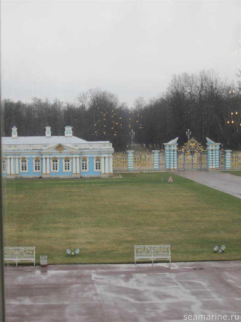 Екатерининский дворец, вид из окна